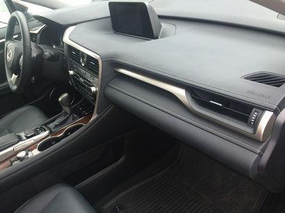 2016 Lexus RX 350 dashboard detail