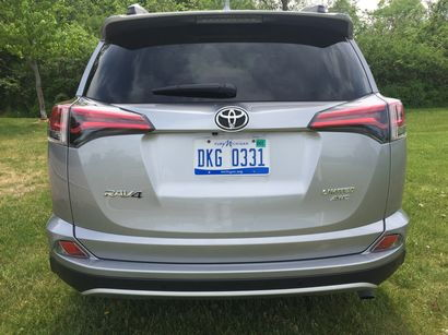 2016 Toyota RAV4 Limited AWD rear fascia