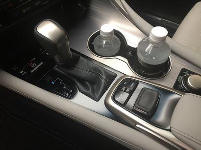2016 Lexus RX 350 F Sport console detail