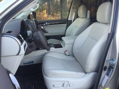 2016 Lexus GX460 front seat detail