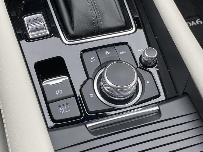 2019 Mazda Mazda6 Signature infotainment controls