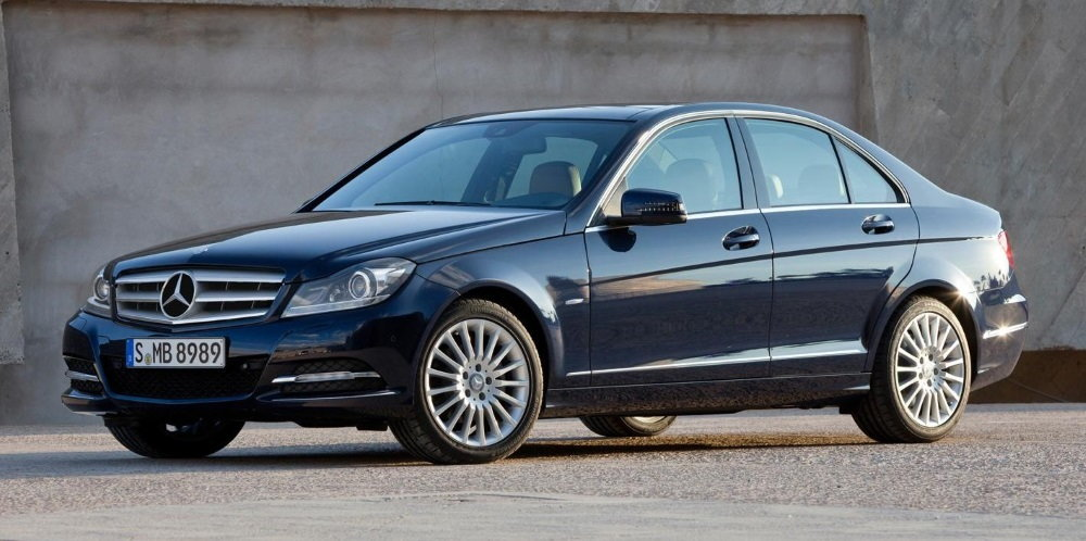 mercedes benz c class w204 which c class model should i buy mbworld. Black Bedroom Furniture Sets. Home Design Ideas