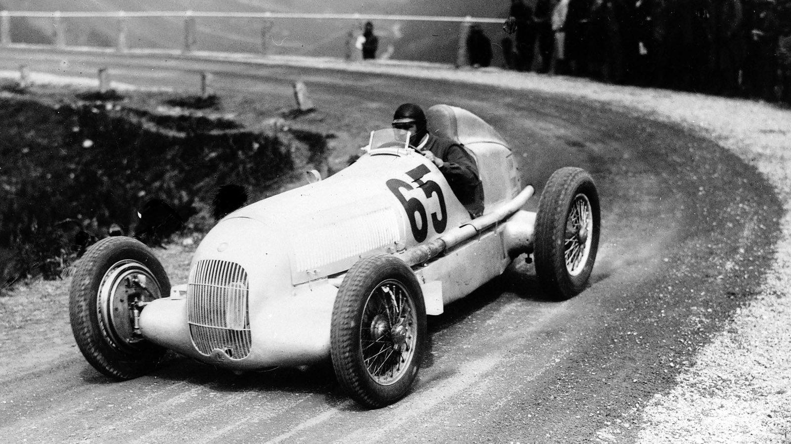1934 W25 Silver Arrow