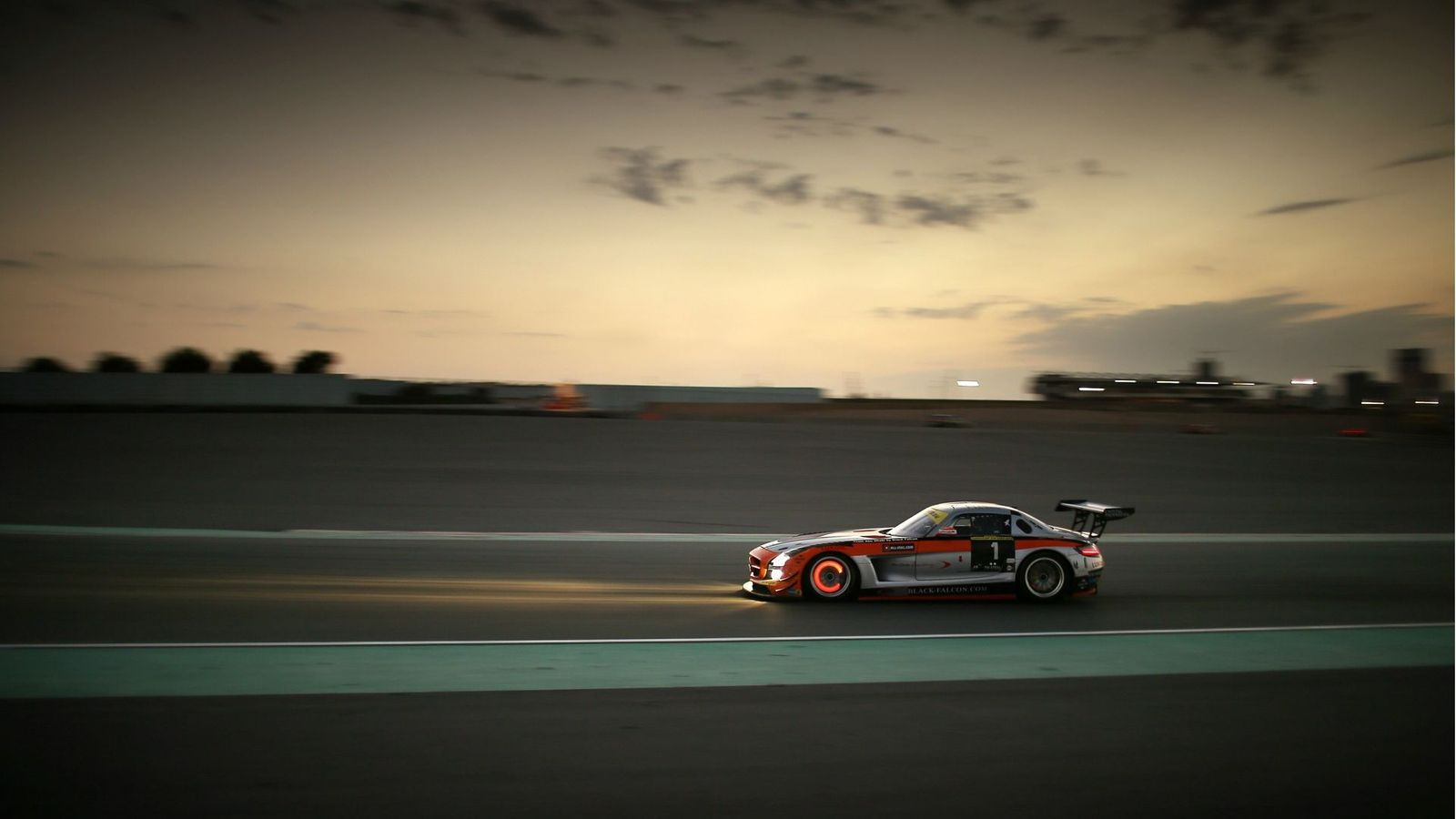 The Benefits of Track Days vs. Time Attack