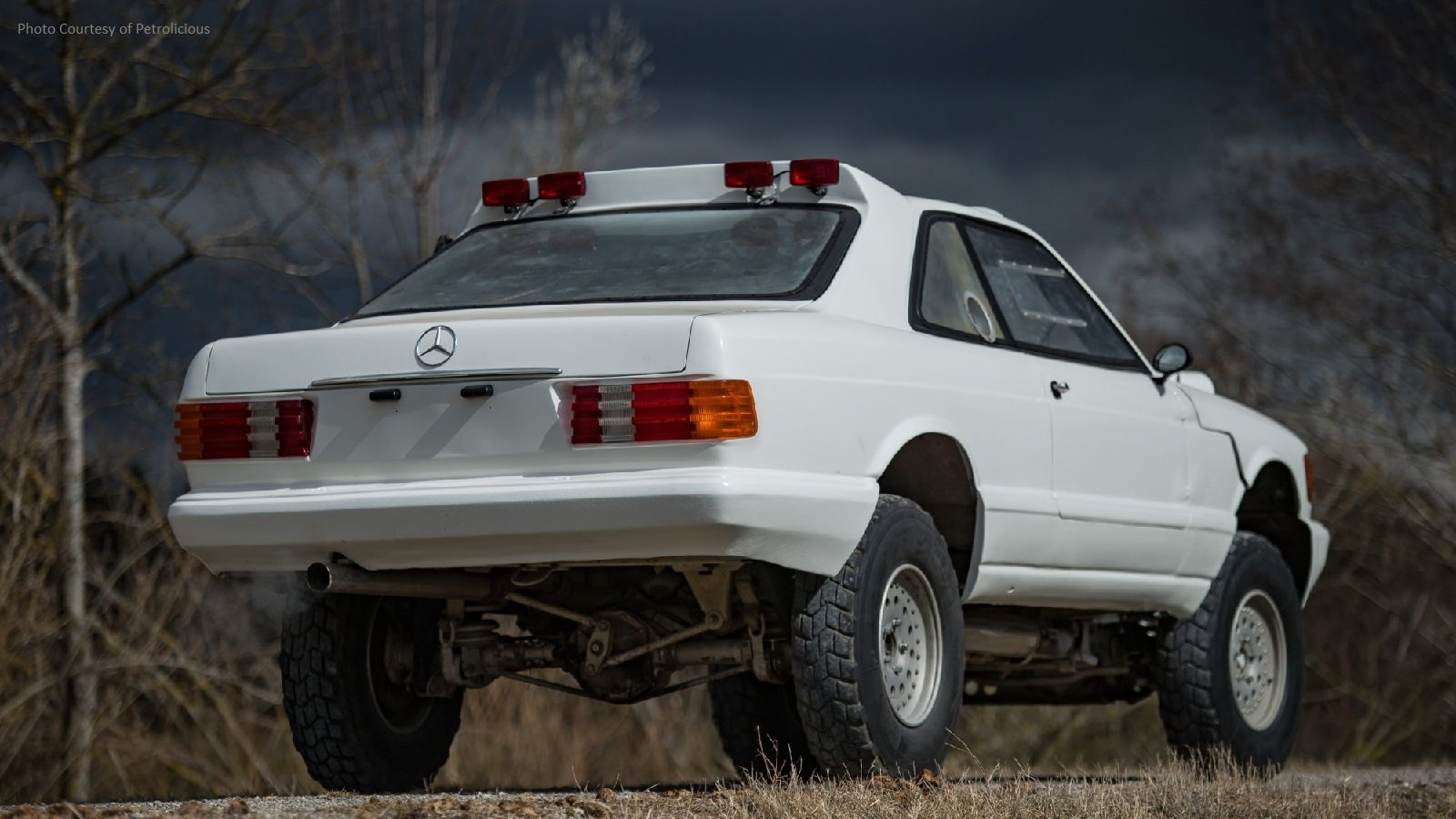 560 SEC Built for Paris-Dakar Rally