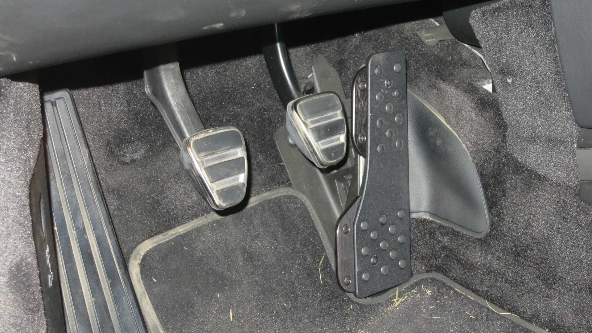 Porsche 928: Why Does My Brake Pedal Go