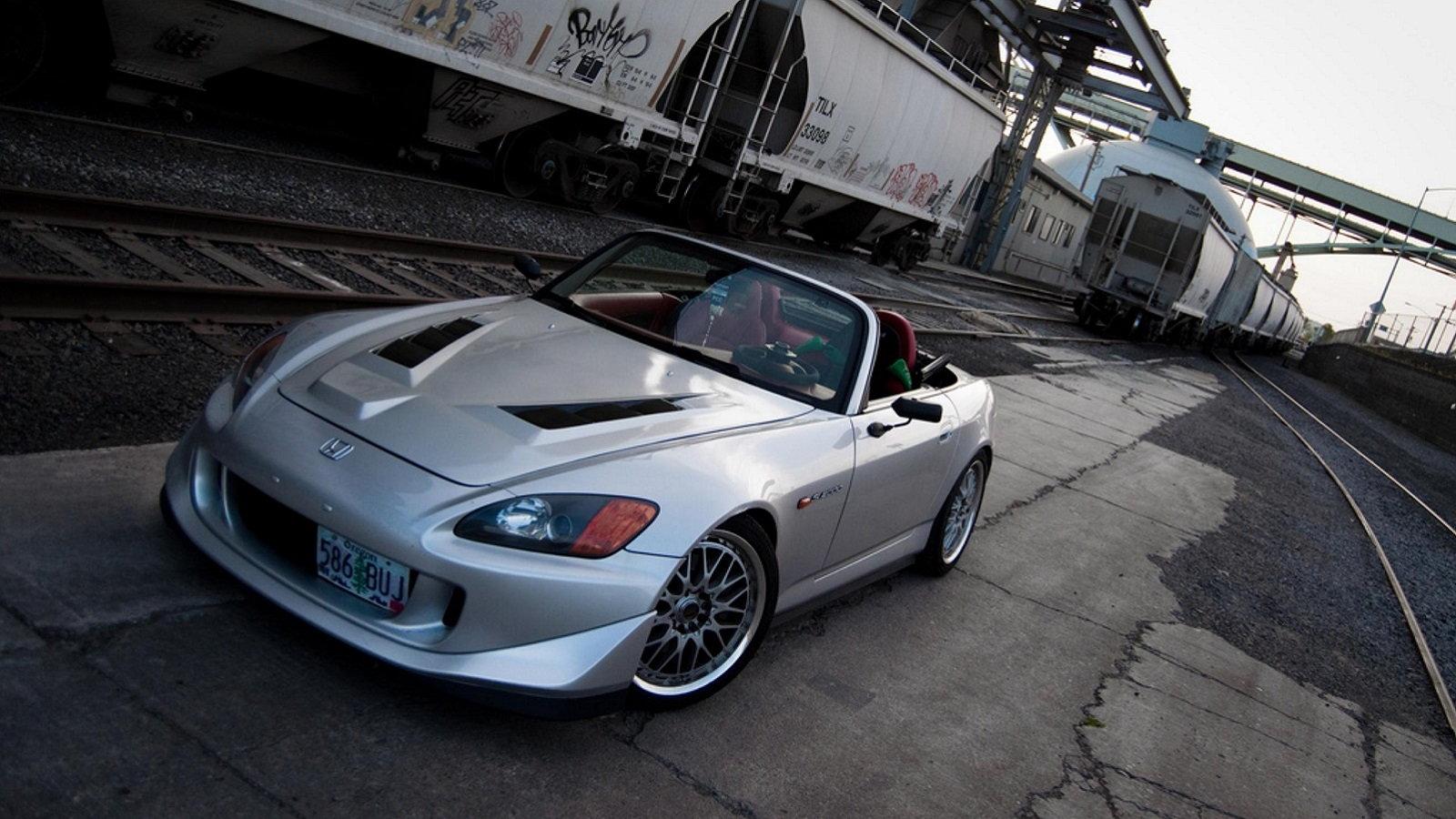 tomsport's 2002 Sebring Silver S2ki
