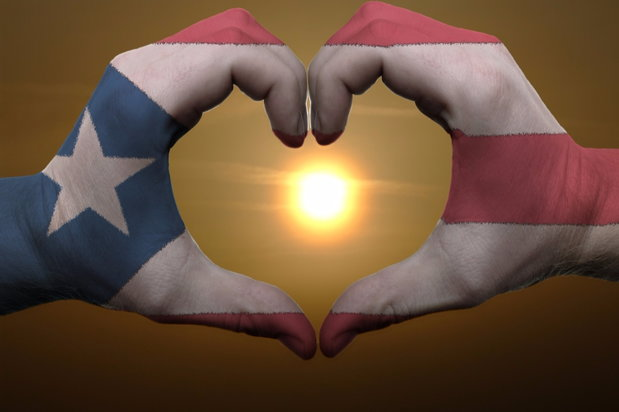 heart-shaped hands with puerto rico visual