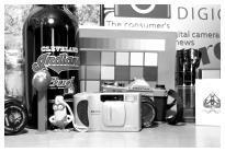 http://www.steves-digicams.com/camera-reviews/panasonic/lumix-dmc-fz2500/P1020031.JPG