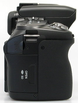 sony_a500_side_rt.jpg
