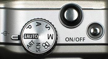 olympus_e_pl1_controls_top.jpg