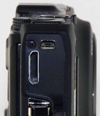 Nikon S9300-ports.jpg