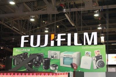 ces-2014-fujifilm.JPG