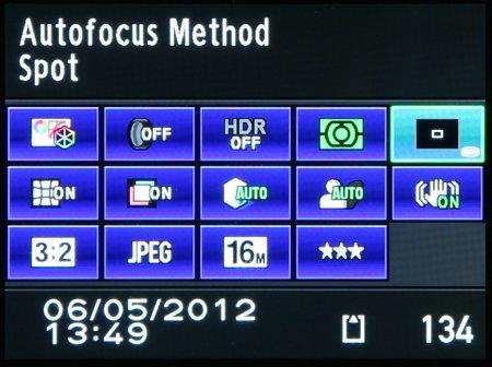 Pentax K-01_menu_shoot-info-button.jpg