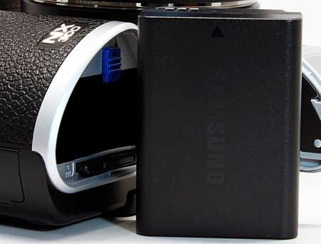 samsung_nx300_battery.JPG