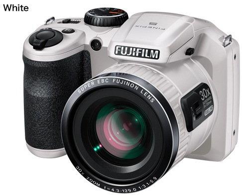 Fujifilm_finepix_s6800_white.jpg