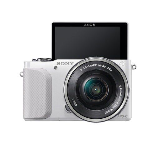 Sony-NEX-3N_front_wSELP1650_self-portrait.jpg