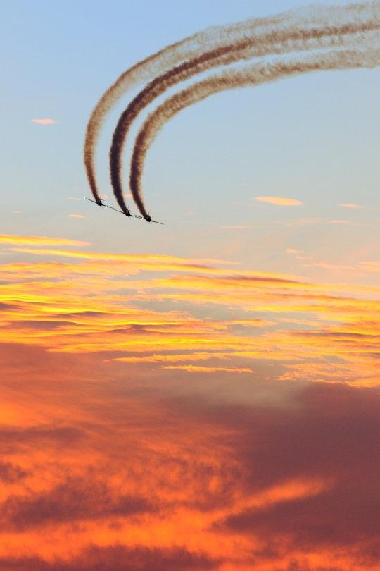 cb-Aerostar Sunset Full Size.jpg