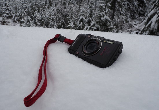 Olympus_Stylus_TG-4_snow.jpg