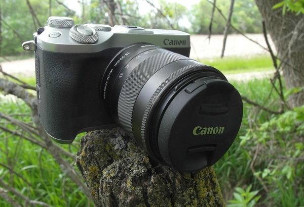 front right lens cap 3 Canon M6.jpg