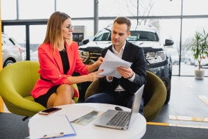 Benefits of Getting an Auto Loan With a Bank