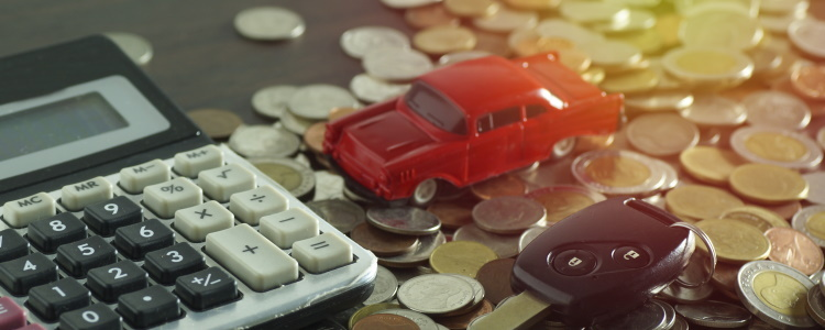I Want to Refinance My Car Loan, Should I Use the Same Lender?