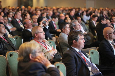 Over 4,000 attendes listen in on a morning session at VEITHsymposium in New York City
