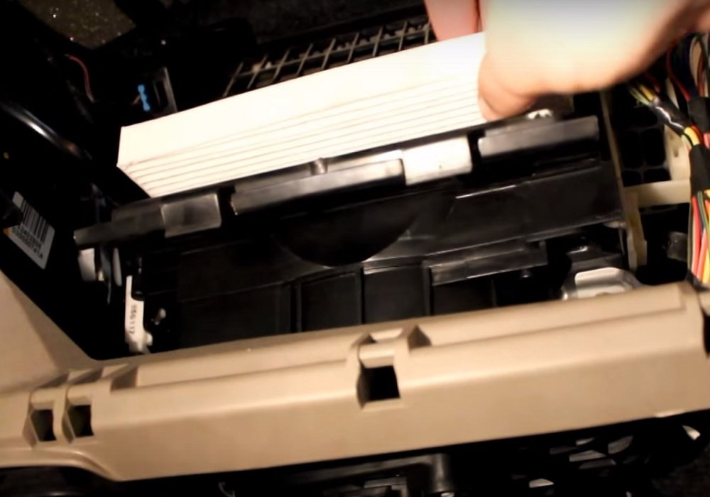 Removing old cabin air filter