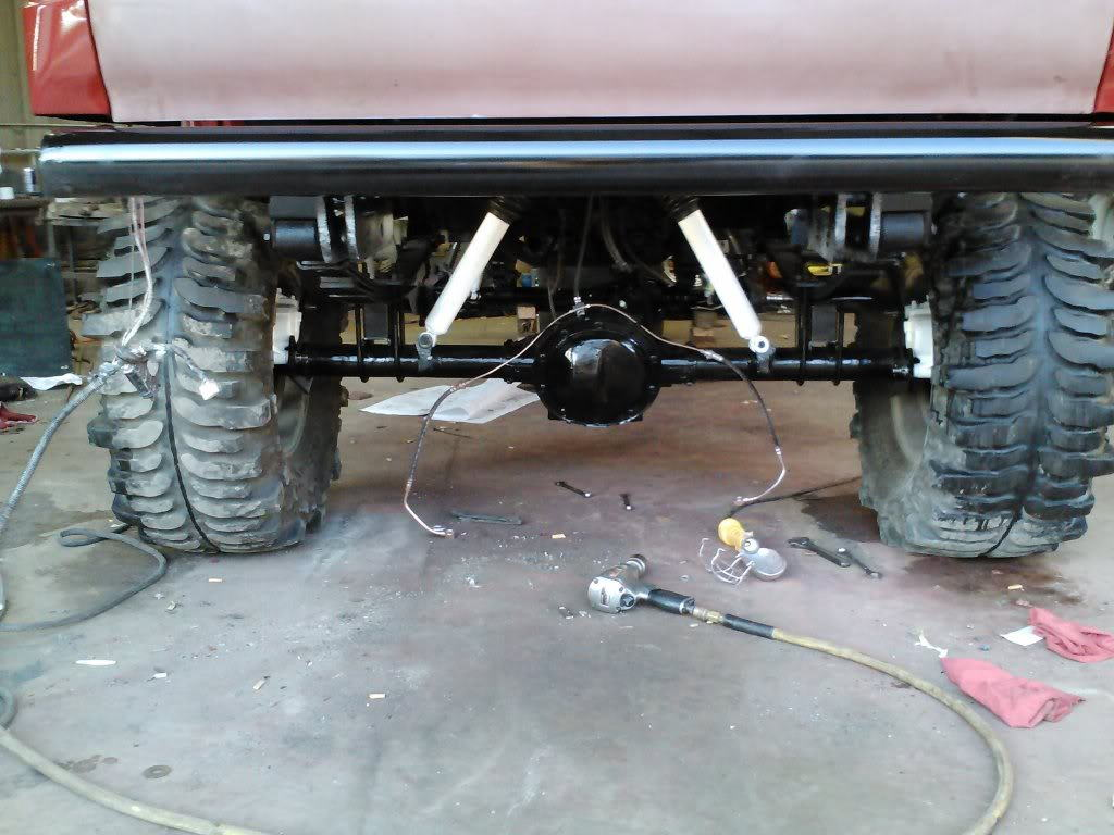 """Ford 9"""" rear axle on 4Runner"""
