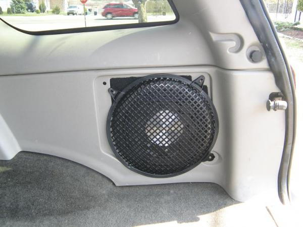 Traverse Problems Forum >> Amp & Subs....Hidden - Chevrolet Forum - Chevy Enthusiasts Forums