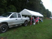 tailgatein at the BUCK wit a little mudd on the truck lol
