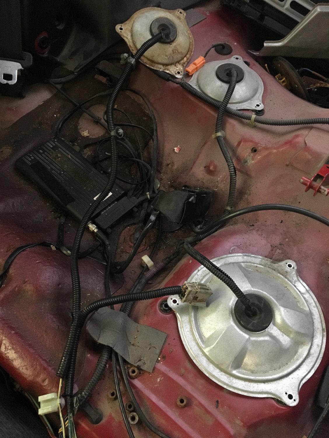 istance Needed: 1996 Acura Integra fuel pump wiring ... on