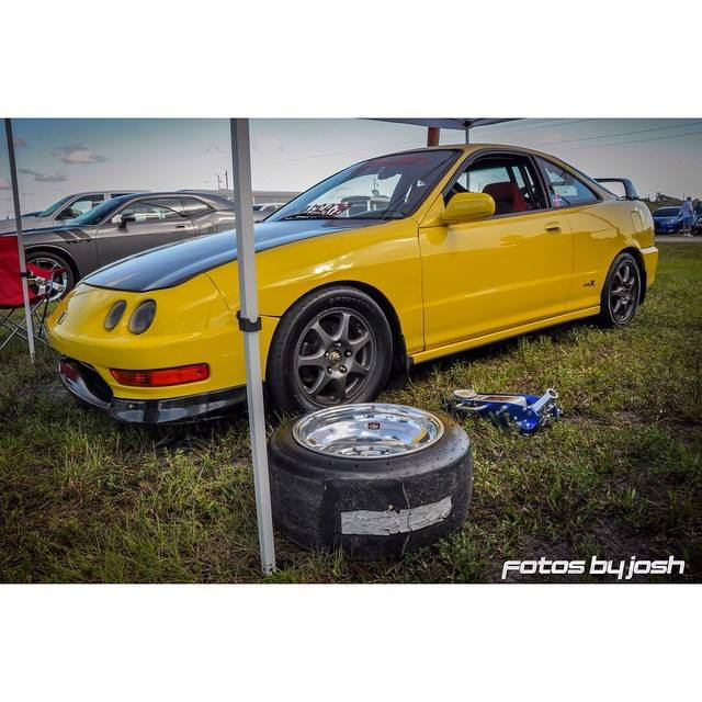 Cars For Sale: Integra TYPE-R's