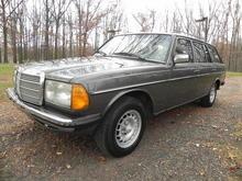 1983 Mercedes-Benz 230TE W123 Wagon, Manual, TRADE