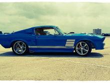 Garage - blue boss