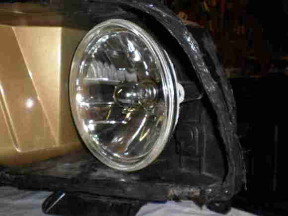 7)LightandHousing1  Shows front view of mounted headlight.