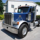 2007 PETERBILT 379 TRI-AXLE DAYCAB TRACTOR