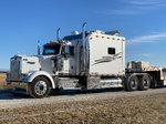 "2005 KW W900L w/ 120"" ARI sleeper w/ bathroom"