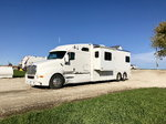 PRICE REDUCED - 2003 Showhauler Toterhome / Motorhome