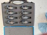 Atomizer injectors