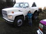 Ford f800 pickup  for sale $9,500
