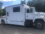 Ford L9000  for sale $13,000