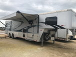 2017 Sundowner 2286GM Toyhauler  for sale $57,000