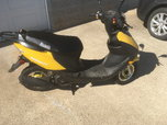 50cc scooter 2018 bintelli street legal  for sale $650