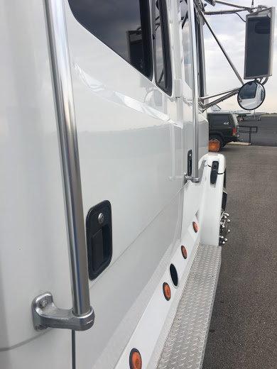 Freightliner FL60  for Sale $43,000