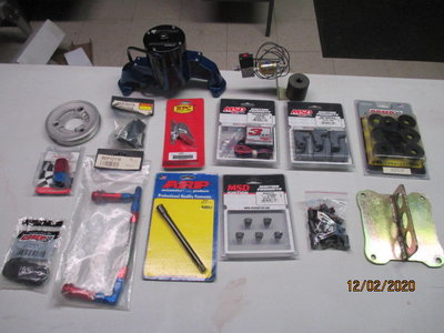 Lots More Parts Than in picture
