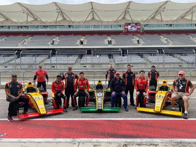 Complete 3 Car F4US Team