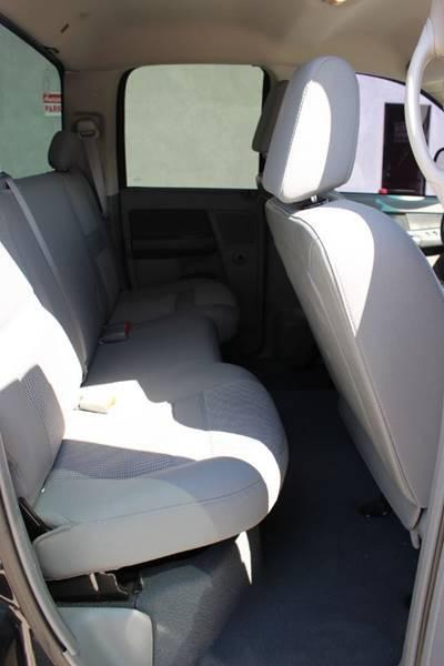 2007 Dodge Ram Pickup 1500 SLT 4dr Quad Cab SB  for Sale $6,900