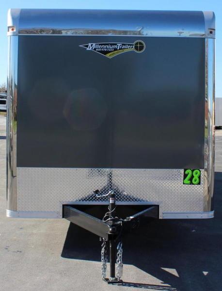 2021 28' Silver w/Spread Axles & Wing