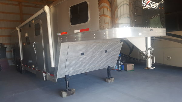 2013 Exiss ToyHauler  for Sale $34,000